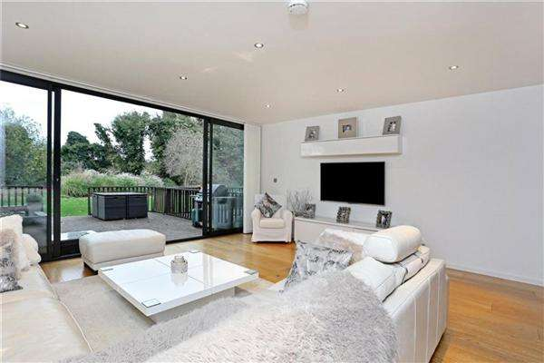 3 Bedrooms Town House for rent in Old Mill Close, Cowley