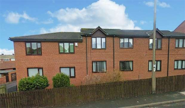 2 Bedrooms Flat for sale in Laburnum Court, Guide Post, Choppington, Northumberland
