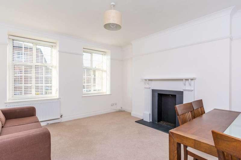 2 Bedrooms Flat for sale in Heathfield Terrace, Chiswick, W4