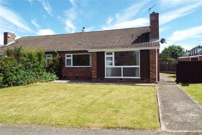 2 Bedrooms Semi Detached Bungalow for rent in Woodside, Ashby De La Zouch, LE65 2NL