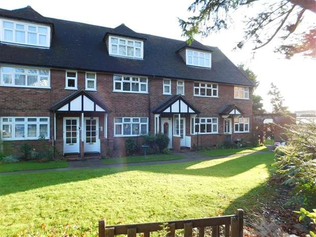 3 Bedrooms Flat for sale in Oak Hill Road, Surbiton
