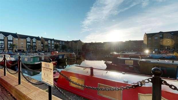 3 Bedrooms Flat for sale in Stephenson Wharf, Apsley Lock, HEMEL HEMPSTEAD, Hertfordshire