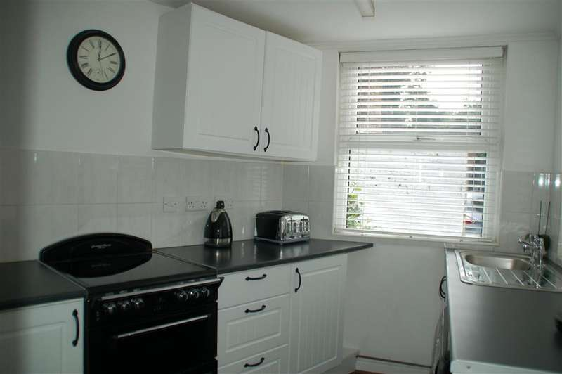 2 Bedrooms Terraced House for sale in Eaton Road, , Margate, Kent
