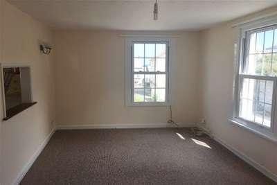 3 Bedrooms Flat for rent in MEADOW COURT, MEVAGISSEY