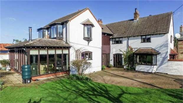 4 Bedrooms Detached House for sale in Lutton, Lutton, Peterborough, Northamptonshire