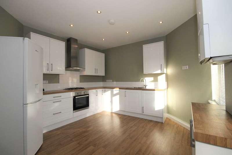 2 Bedrooms Flat for rent in Epsom Road, Morden
