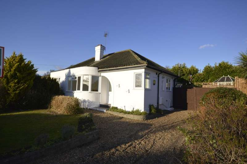 2 Bedrooms Semi Detached Bungalow for sale in The Grove, Bearsted, Maidstone, ME14