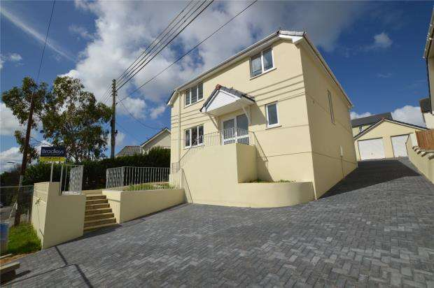 4 Bedrooms Detached House for sale in Loggans Road, Loggans, Hayle, Cornwall