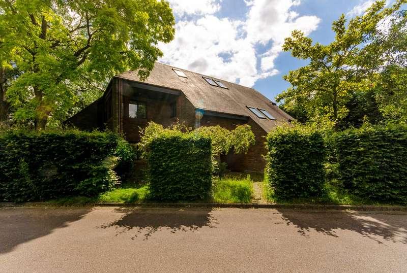 7 Bedrooms Detached House for sale in Parklands Close, East Sheen, SW14