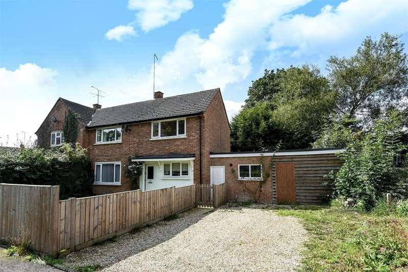 3 Bedrooms Semi Detached House for sale in Patten Ash Drive, Wokingham, RG40