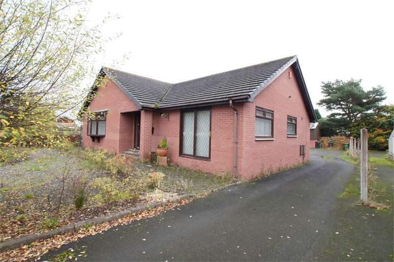 3 Bedrooms Detached Bungalow for sale in CA3 0NG The Green, Houghton, Carlisle, Cumbria