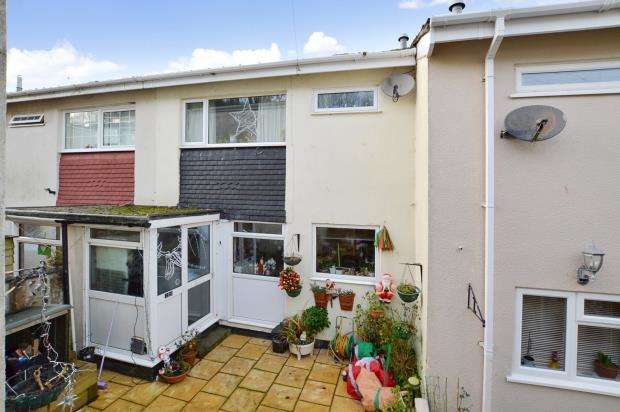 3 Bedrooms Terraced House for sale in Ocean View Drive, Brixham, Devon