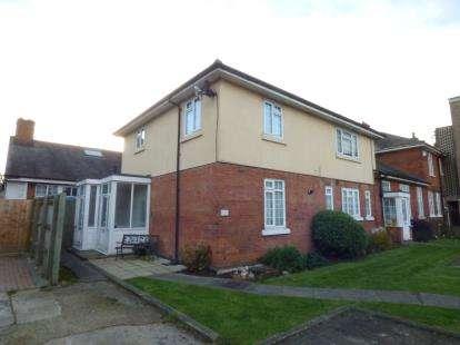 1 Bedroom Maisonette Flat for sale in Wood Lane, Hornchurch