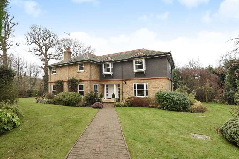 5 Bedrooms Detached House for rent in Barnet Lane, Elstree