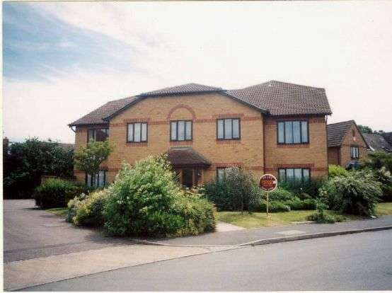 1 Bedroom Flat for rent in Bordeaux Close, Duston, Northampton NN5 6YR