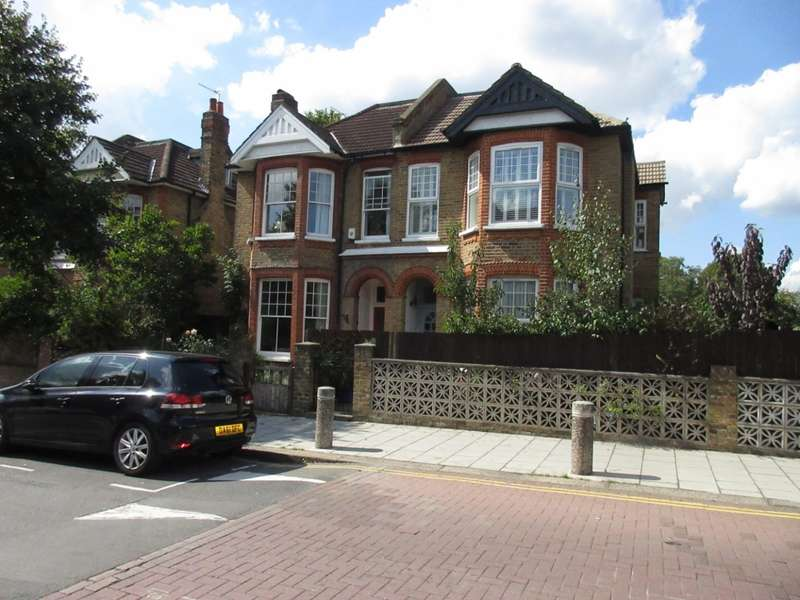 3 Bedrooms Maisonette Flat for sale in Thornbury Road, Isleworth, TW7