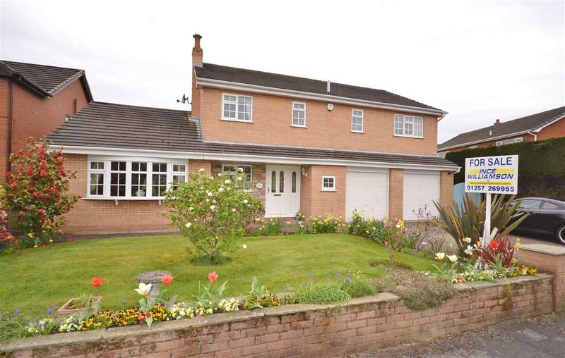 4 Bedrooms Detached House for sale in Winchester Avenue, Duxbury, Chorley
