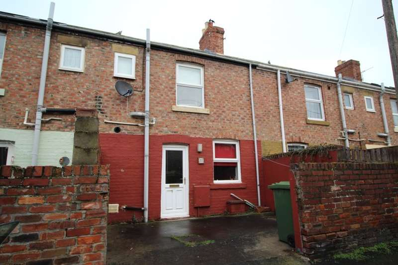 2 Bedrooms Terraced House for rent in The Leazes, Throckley, Newcastle Upon Tyne, NE15