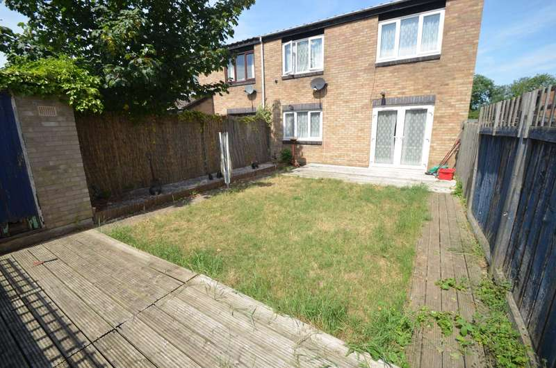 2 Bedrooms Semi Detached House for sale in Newport Pagnell