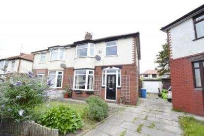 3 Bedrooms Semi Detached House for sale in Marina Grove, Runcorn, Cheshire, WA7