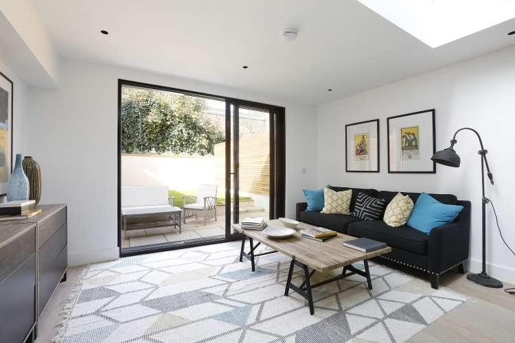 4 Bedrooms Terraced House for sale in Florence Road New Cross SE14