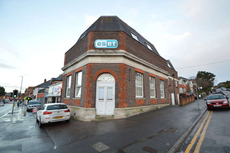 Office Commercial for rent in 242 Charminster Road, Bournemouth, BH8 9RP