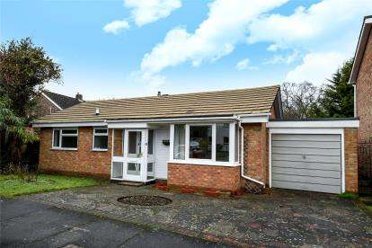 Detached Bungalow for sale in Fenn Close, Bromley
