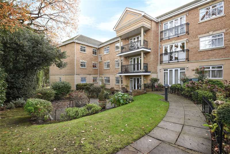 2 Bedrooms Apartment Flat for sale in Regents Court, Uxbridge Road, Pinner, HA5