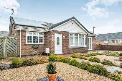 2 Bedrooms Bungalow for sale in Burgh Old Road, Skegness, Lincolnshire