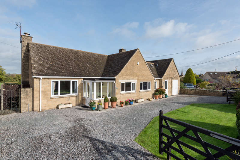 4 Bedrooms Detached Bungalow for sale in Tetbury