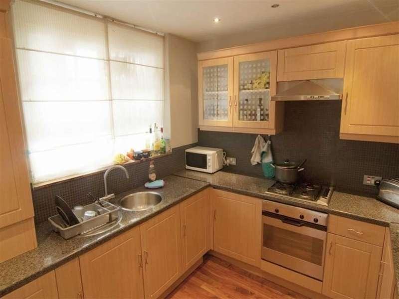 3 Bedrooms Maisonette Flat for sale in Walker House, Phoenix Road, London NW1