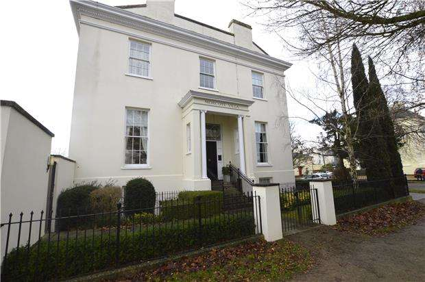 1 Bedroom Flat for sale in Morcote Villa, Wellington Road, CHELTENHAM, Gloucestershire, GL50 4JH