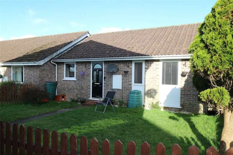 2 Bedrooms Semi Detached Bungalow for sale in Trevella Vean, St Erme, Truro