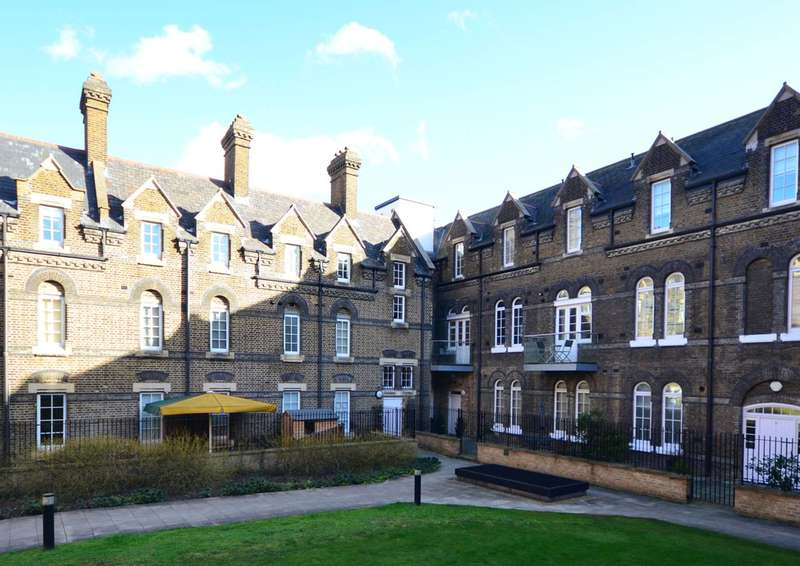 2 Bedrooms Flat for sale in Eden Grove, Holloway, N7