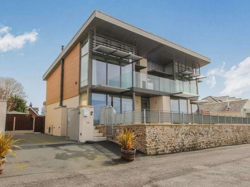 5 Bedrooms Property for sale in Beach House The Shore, Hambleton, Poulton-Le-Fylde, FY6
