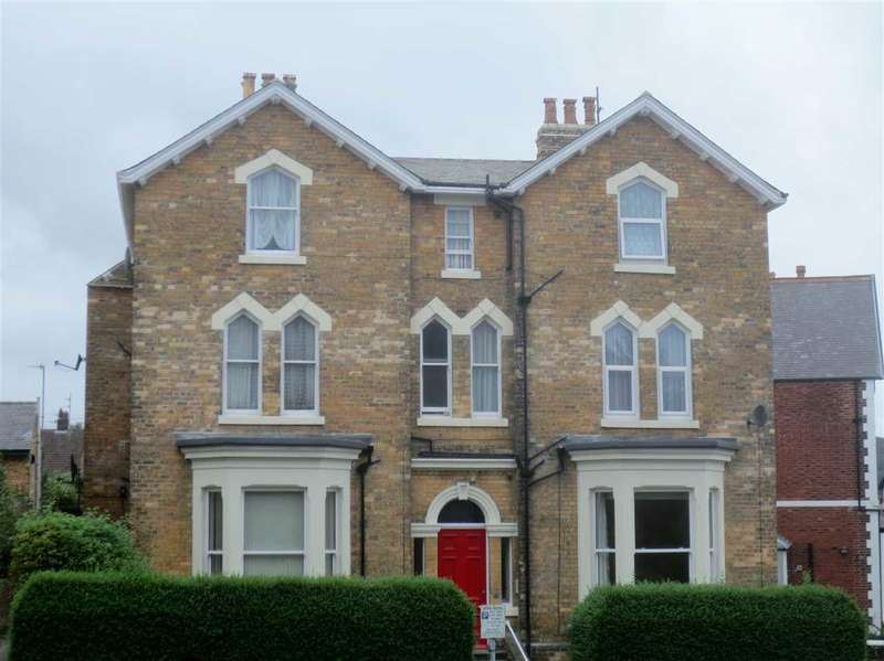 1 Bedroom Apartment Flat for sale in Princess Royal Terrace, Scarborough