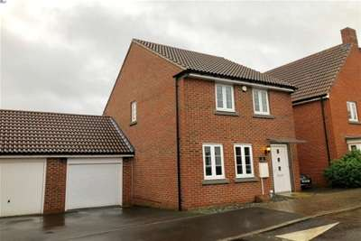 3 Bedrooms House for rent in Marnel Park RG24