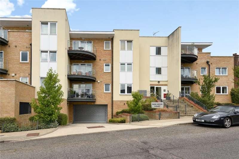 2 Bedrooms Apartment Flat for sale in Flat 1, Park Wood Court, 5 Reservoir Road, Ruislip, HA4