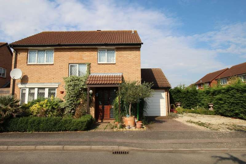 4 Bedrooms Detached House for rent in Gilbert Close, Kempston, Bedford, MK42