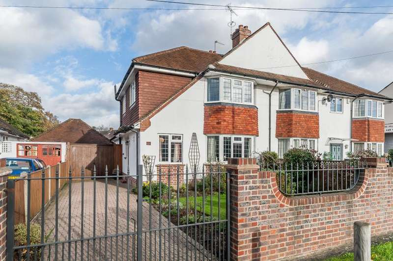 4 Bedrooms Semi Detached House for sale in Dukes Avenue, Kingston upon Thames, KT2