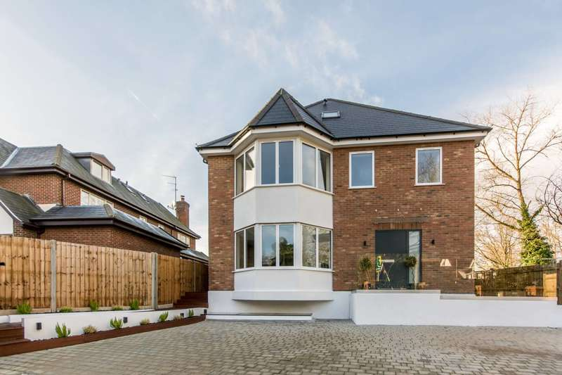 5 Bedrooms House for sale in Ashley Lane, Holders Hill, NW4