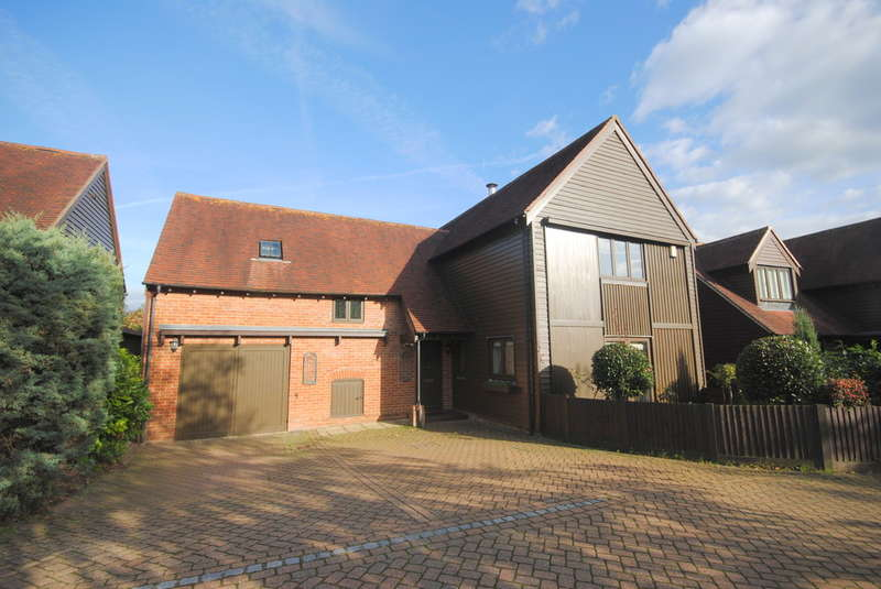 4 Bedrooms Detached House for rent in Hildenborough, Kent