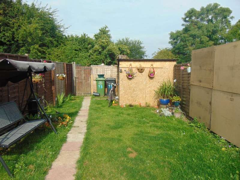 3 Bedrooms Terraced House for sale in Wisbech Road, Outwell, Wisbech, Cambridgeshire, PE14 8PF