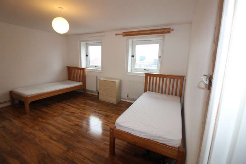 3 Bedrooms House Share for sale in Dalehead House, Harrington Sqaure, NW1