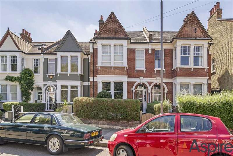 4 Bedrooms House for rent in Parklands Road, London