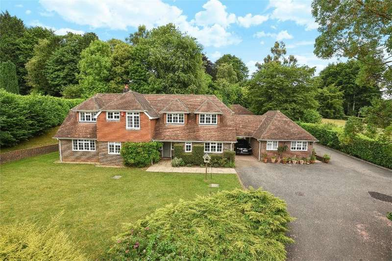 4 Bedrooms Detached House for sale in Beech, Alton, Hampshire