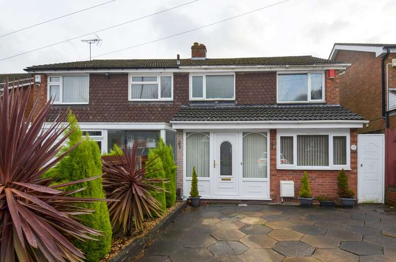 3 Bedrooms Semi Detached House for sale in Lickey Road, Rednal, Birmingham, B45