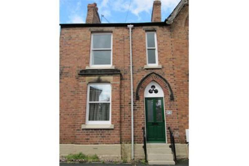 2 Bedrooms Terraced House for rent in Wellington Road, Wrexham, Denbighshire, LL13