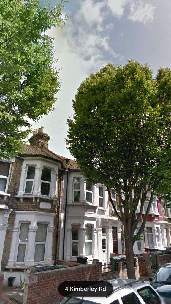 6 Bedrooms Terraced House for rent in Kimberley Road E11