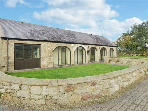 2 Bedrooms Detached Bungalow for sale in Corbridge, Northumberland